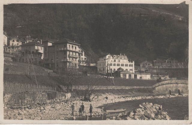 Postcard-4a.jpg